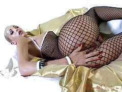 Catch of the day anyone? Renata Davila is certainly a prize find with her body wrapped in that tight-fitting fishnet ensemble. Beneath it lies one of the most perfect shemale physiques we`ve ever seen and, fear not, there`s some access to that stunning co